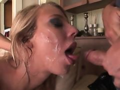 Hot girl loses her chastity I10