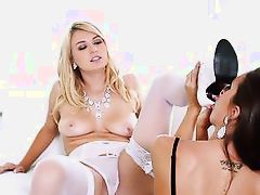 watch hot cunts natalia and abigail play