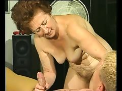 Granny On Top - Julia Reaves