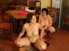 Plumperd.com mature chubby threesome