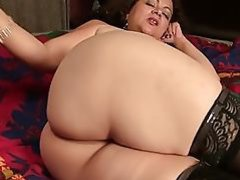 Mature booty mother needs a good fuck