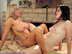 Cute teen queened by lesbian MILF masseuse